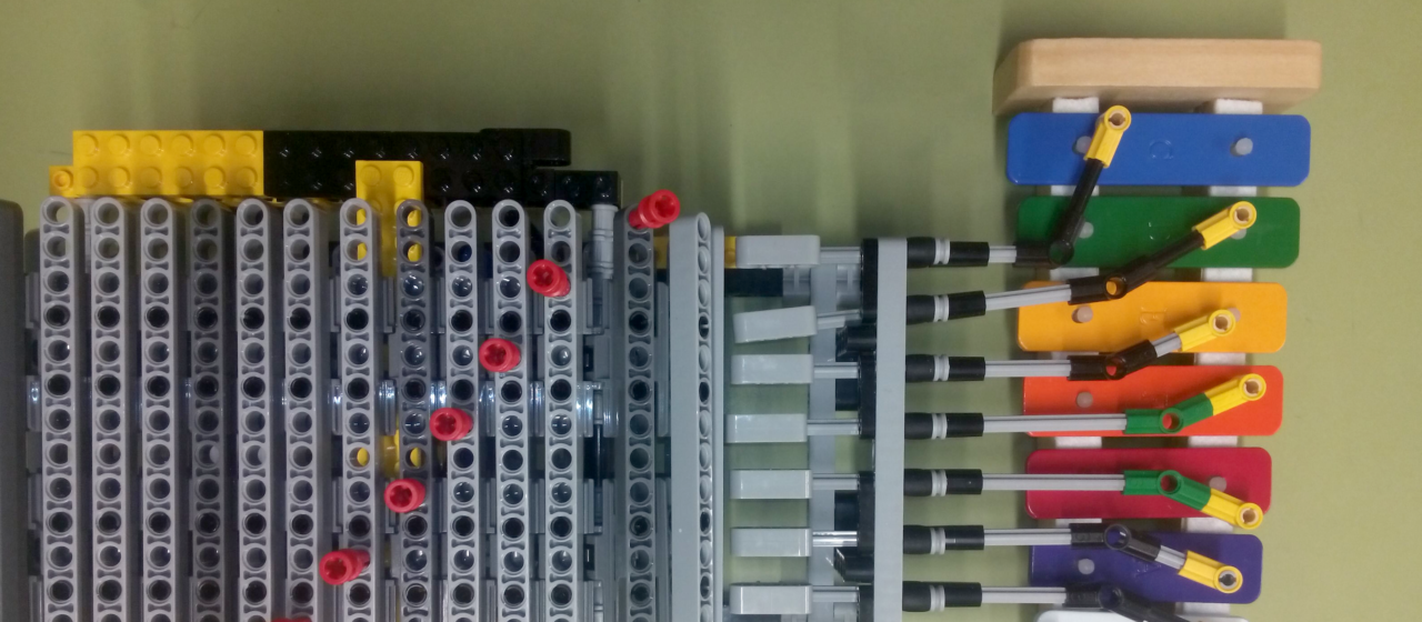 L'art de programar música amb Lego